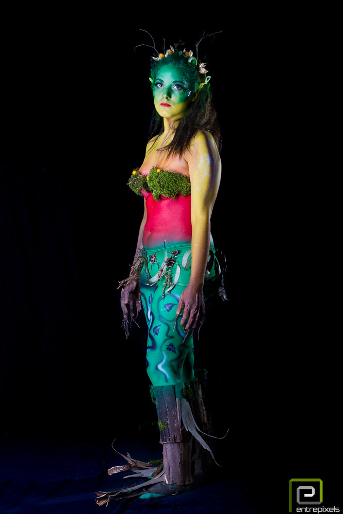 Katy, body paint otoño